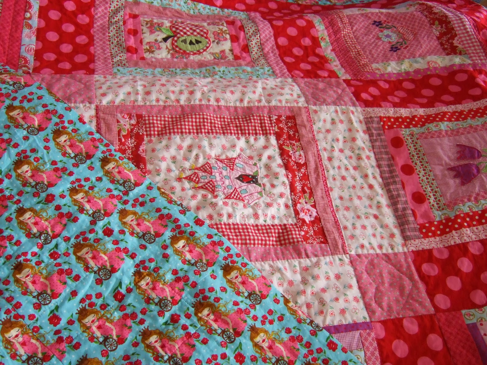 Mimi - Made with Love: Tagesdecke, Quilt, Patchworkdecke, wie auch immer