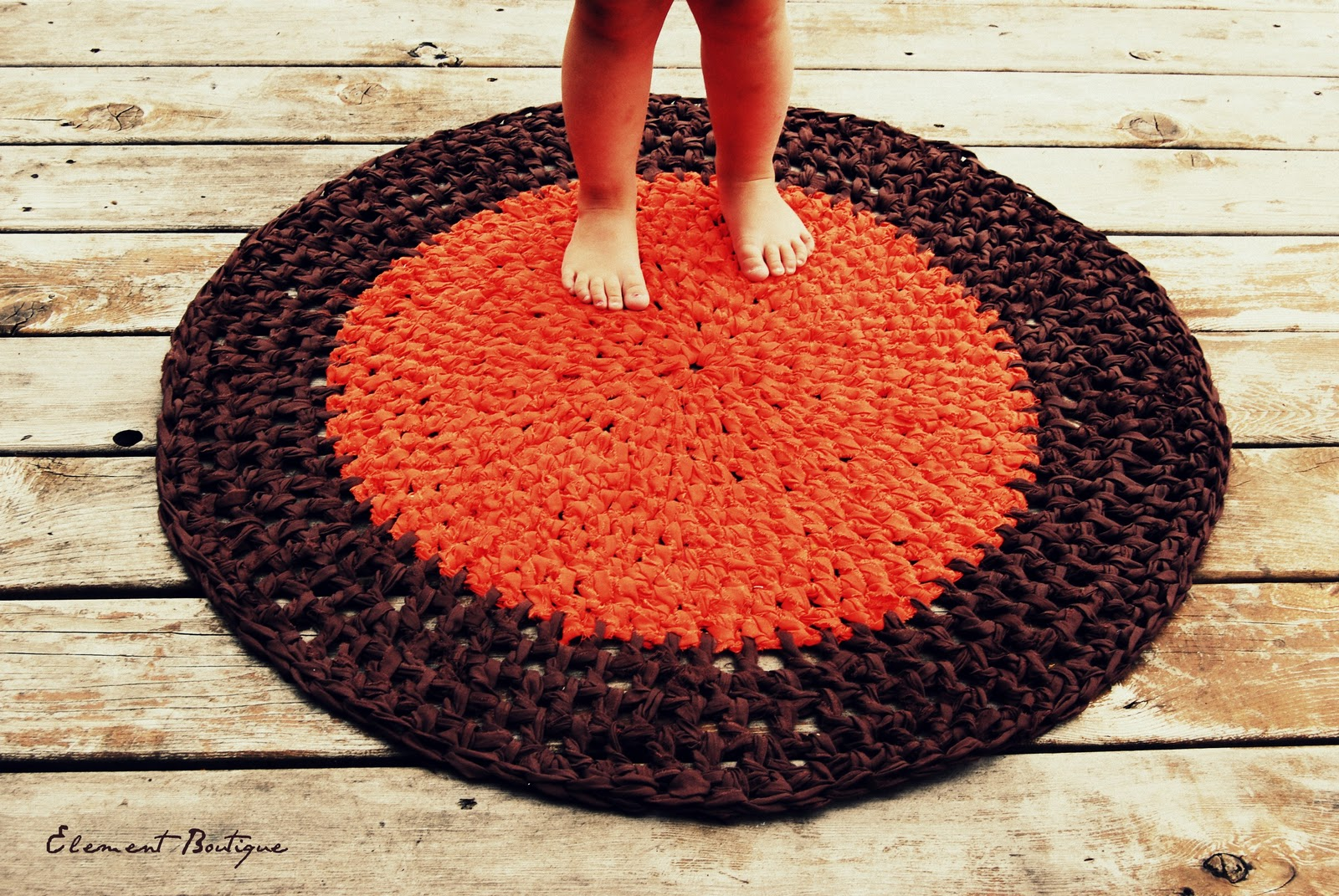 Crocheting Round Rugs : Element Boutique: Upcycled Crochet Round Rug