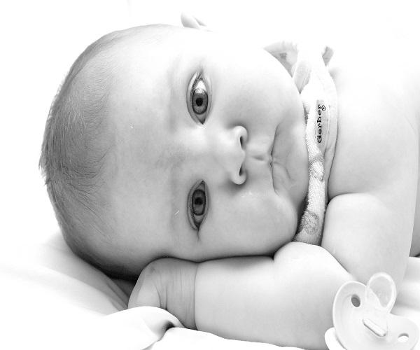 Photo b b noir et blanc b b et d coration chambre - Chambre enfant noir et blanc ...