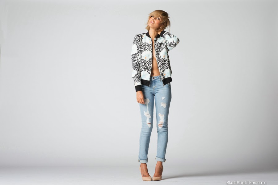 denim, ripped boyfriend jeans, zara, dstld denim, fashion blogger, best fashion blogger, top fashion blogger, blonde fashion blogger, short hair, bob haircut, top 10 fashion bloggers, los angeles fashion blogger, Stuff She Likes blog, stuff she likes, taye hansberry, liberty sage clothing, bomber jacket,