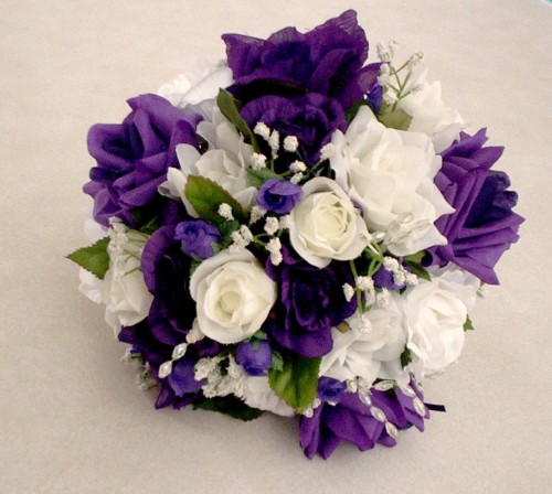 she fashion club purple and white rose bouquet. Black Bedroom Furniture Sets. Home Design Ideas