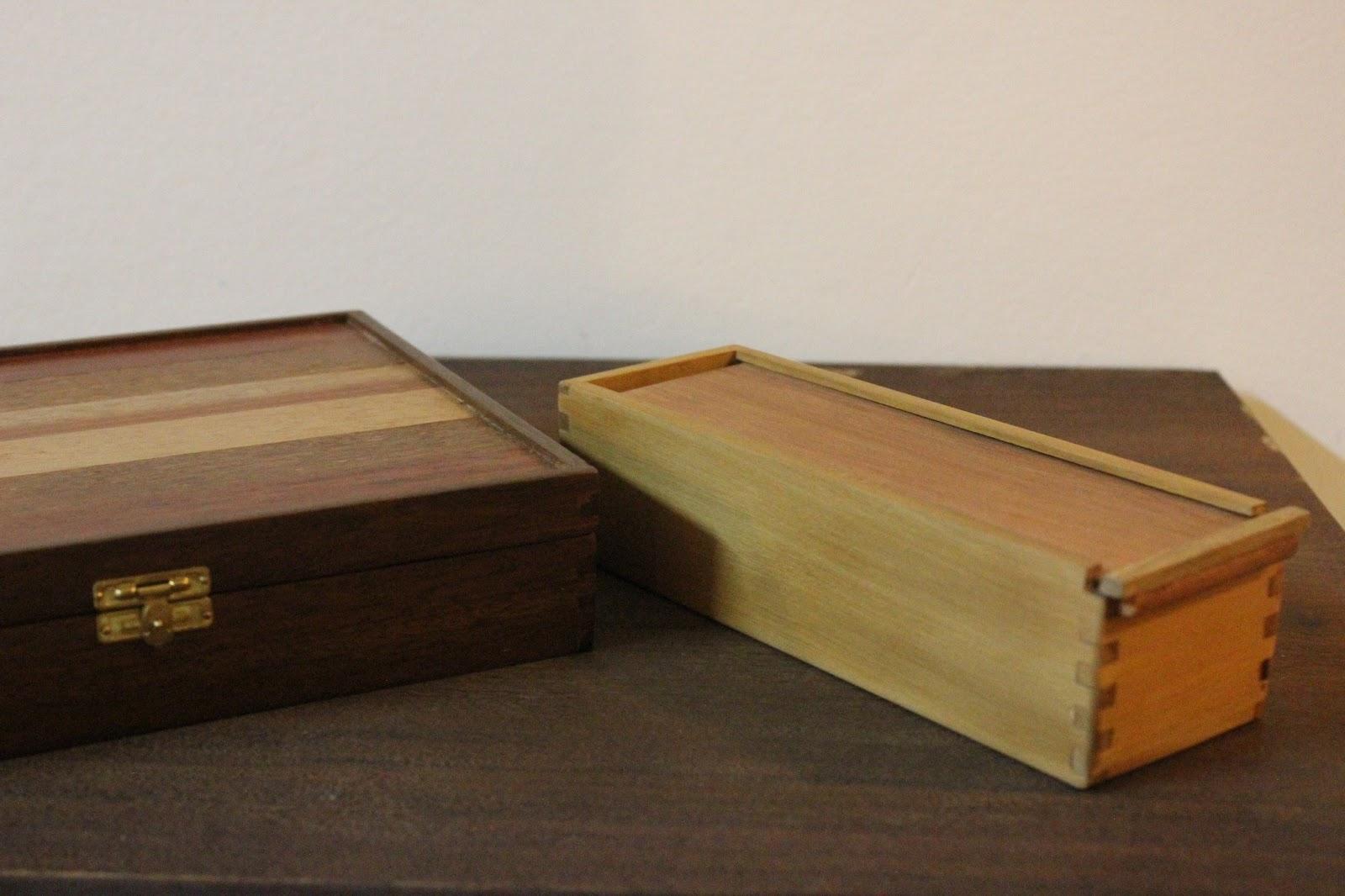 Estojo de madeira xilocoletivo #6E4423 1600x1066