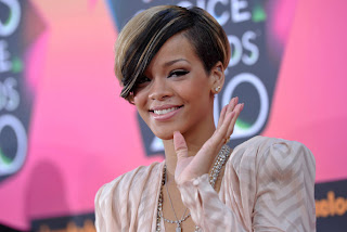 Rihanna Short Hairstyle at the Nickelodeon's 23rd Annual Kids' Choice Awards