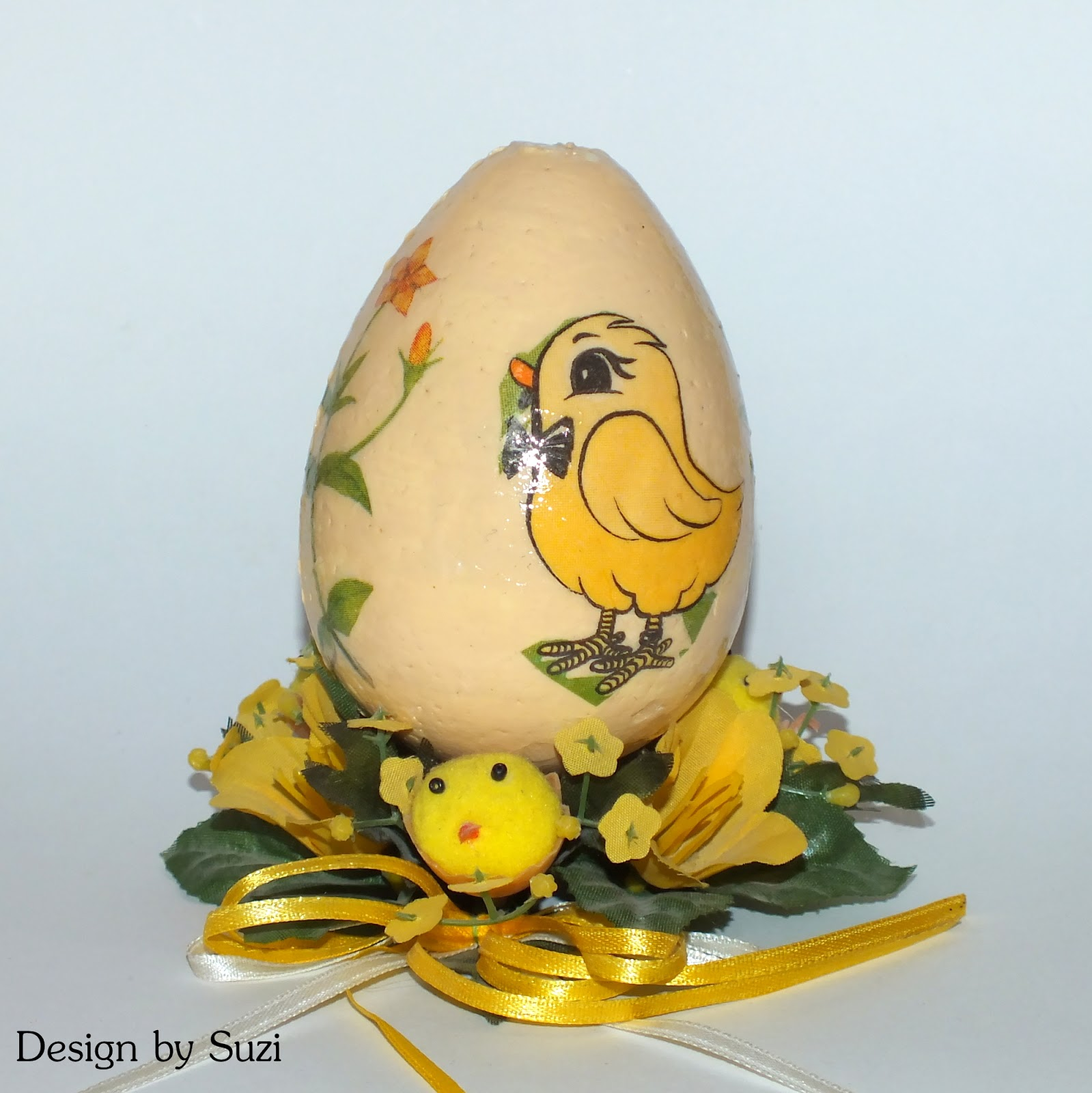 Polystyrene easter eggs (decoupage)