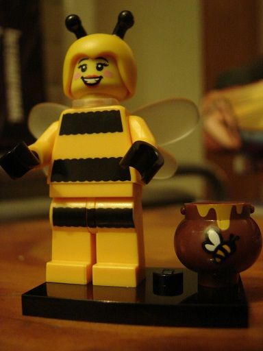 [Image: Lego+Minifigures+Series+10+Bee+Girl+2.jpg]