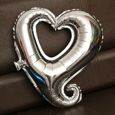 Balon Foil Hati Lubang