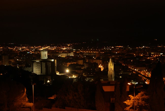 Castell de Montjuïc. Encants de Girona.