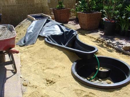 Estanques prefabricados para tortugas contenedores for Como hacer un estanque para peces koi
