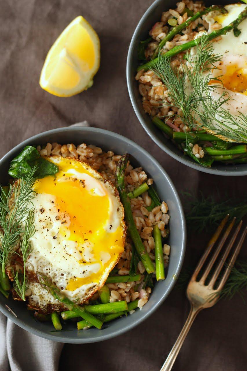 Silva: Farro with Crispy Egg, Asparagus, Spinach and Dill