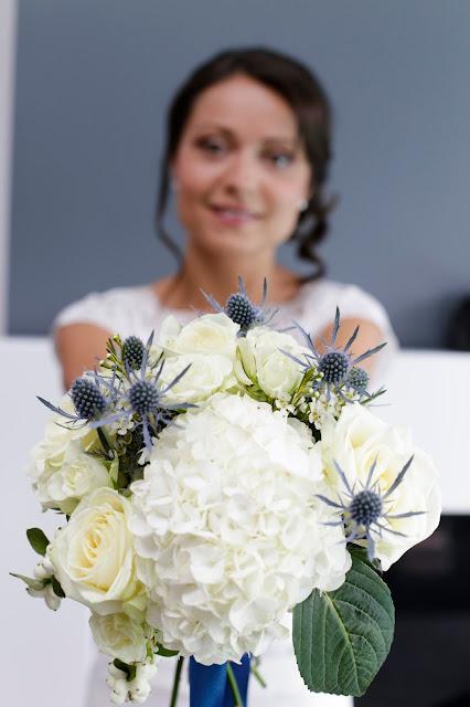 la petite boutique de fleurs fleuriste mariage lyon fleuriste mariage rh ne mariages en images. Black Bedroom Furniture Sets. Home Design Ideas
