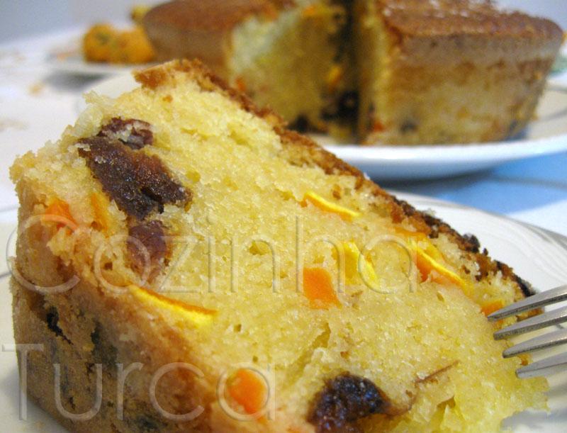 Bolo de Frutos (Meyveli Kek)