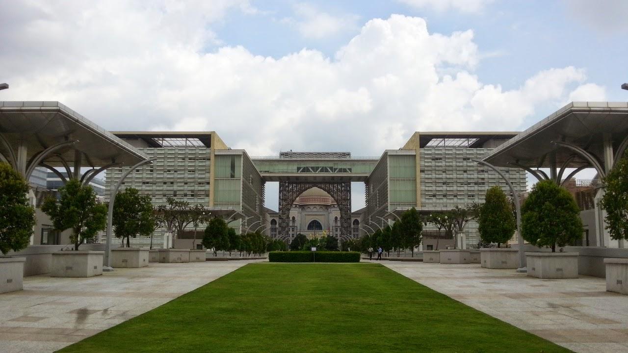 Tuanku Mizan Zainal Abidin Mosque Putrajaya
