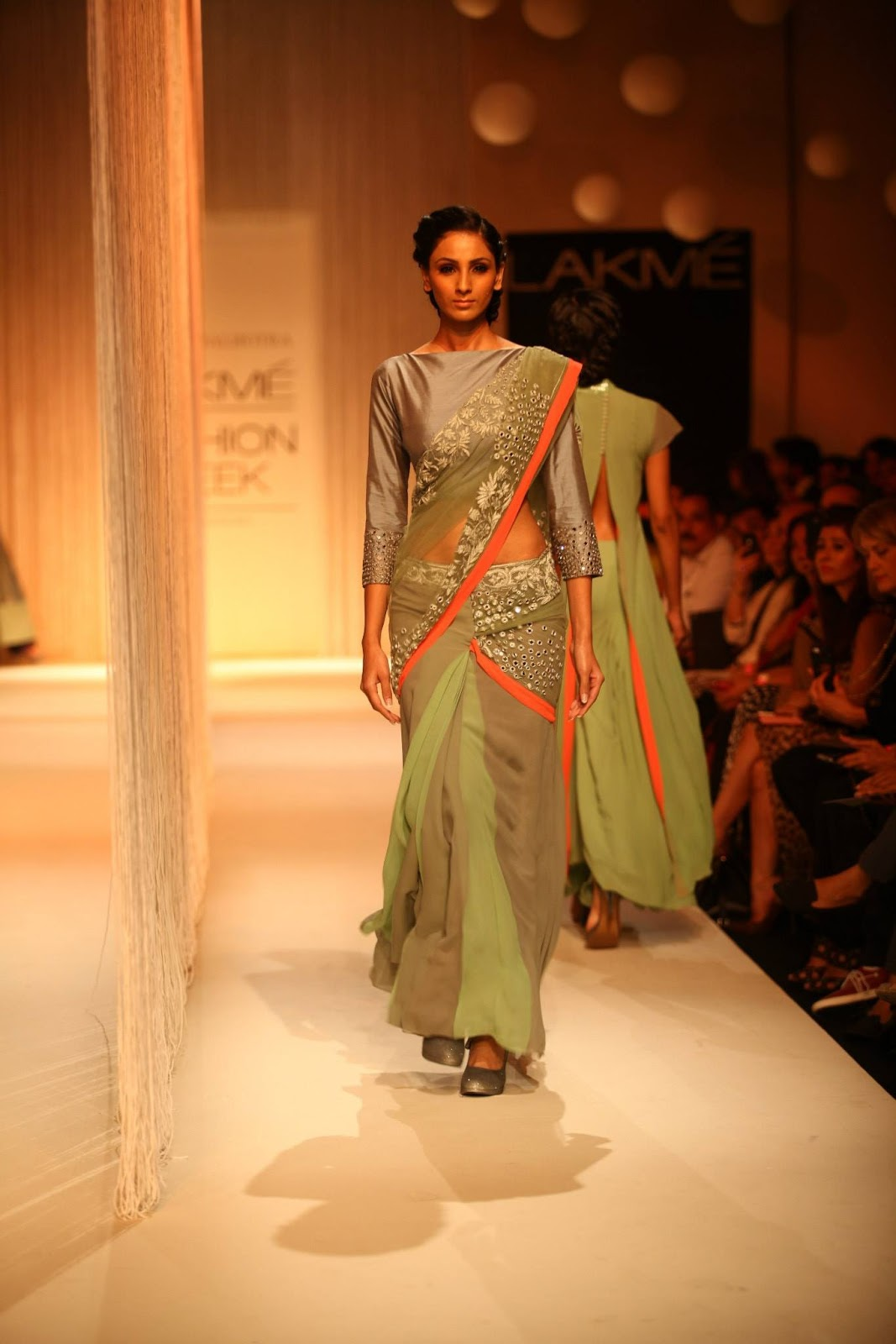 Manish malhotra fashion week 52