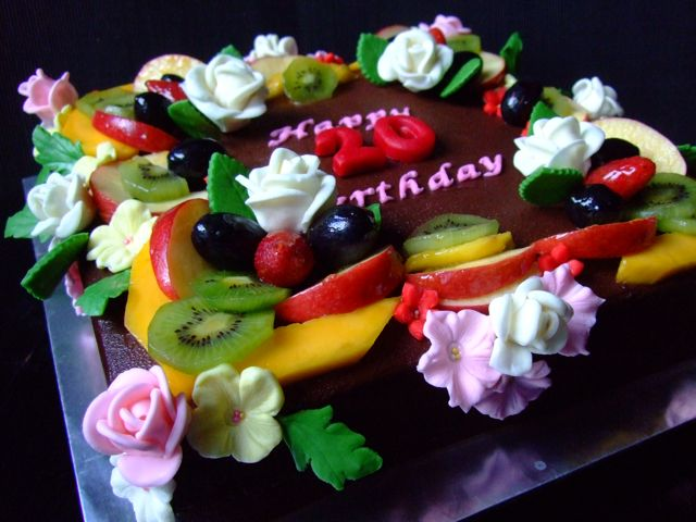 Junsdelicioustreats Chocolate Birthday Cake With Fresh Fruits And