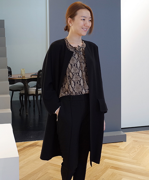 Little Black] Oversized Collarless Coat | KSTYLICK - Latest Korean