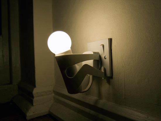 Decoraxpoco lamparas originales reciclando - Lamparas de mesa originales ...