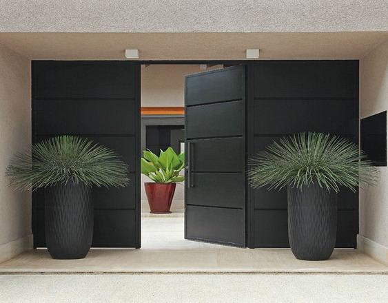 desain teras dan pintu rumah minimalis