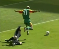 El-Hadji Diouf's Dive for Penalty