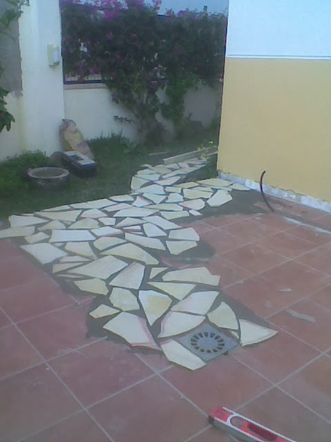 multi y reformas suelo de patio con piedra natural decorativa