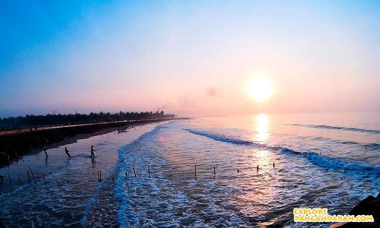 Sunrise di pantai Pangandaran