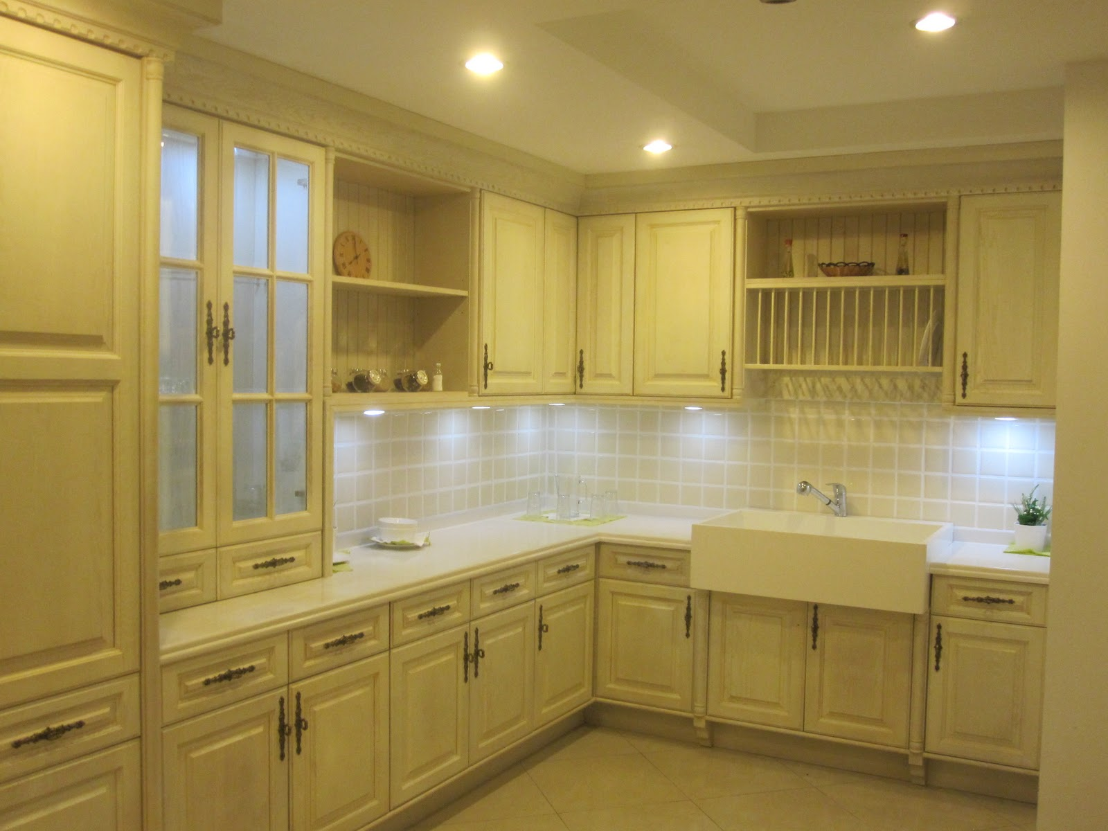 Kitchen cabinet manufacturer for Kitchen cabinet manufacturers