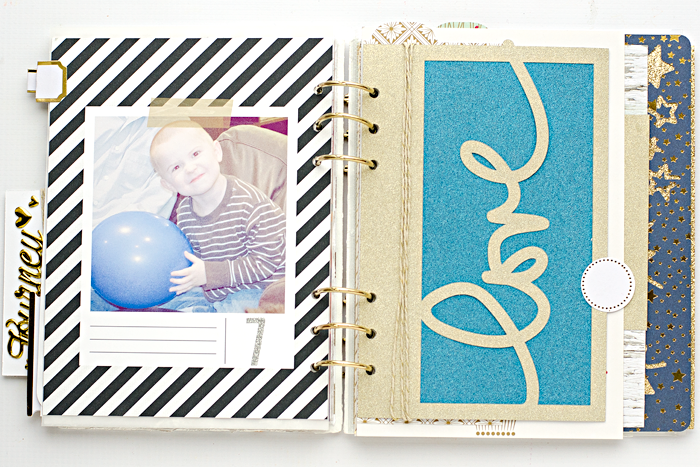 December Daily® hybrid scrapbook mini album | Day 7