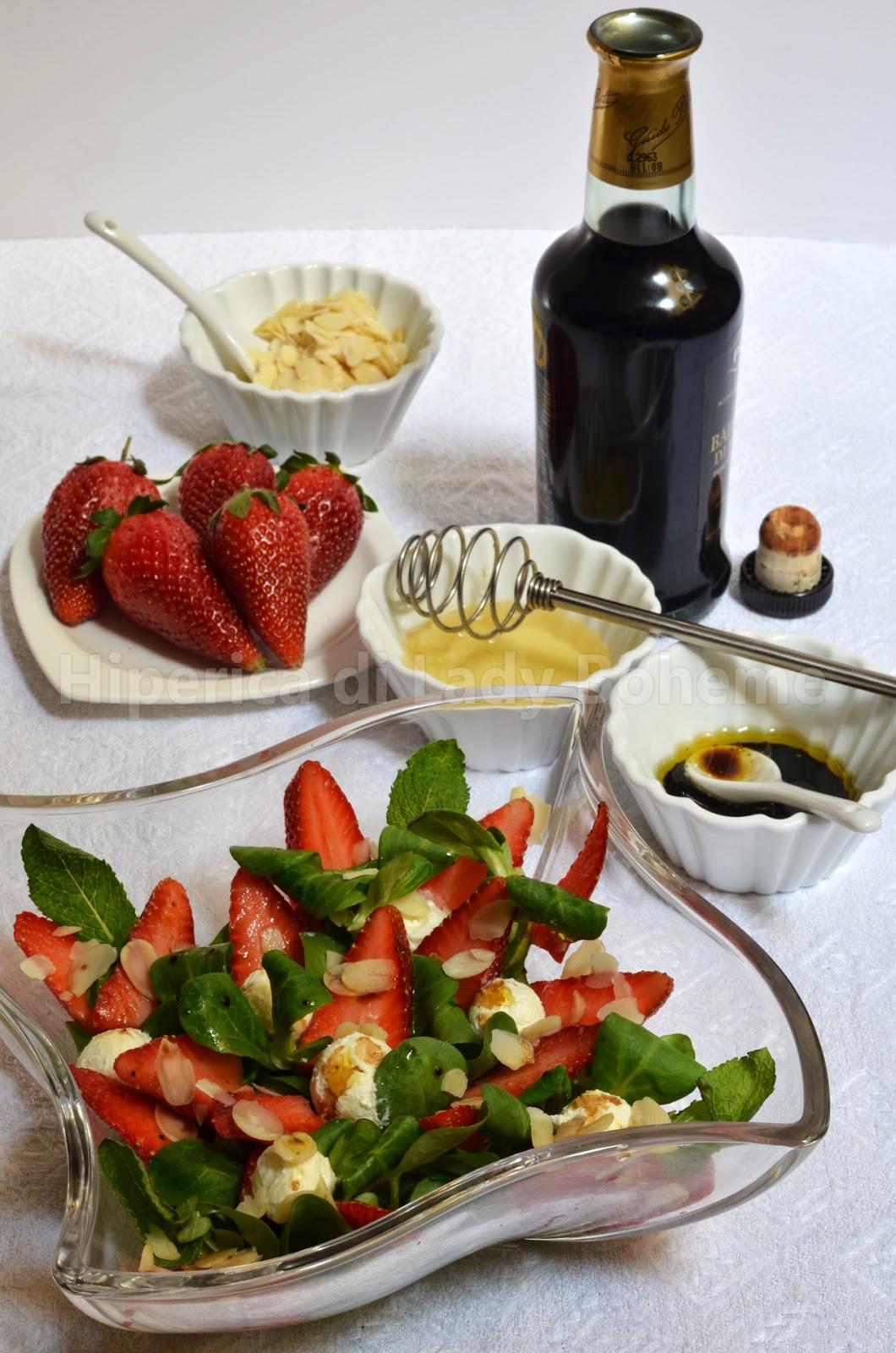 hiperica_lady_boheme_blog_cucina_ricette_gustose_facili_veloci_insalata_di_fragole_soncino_robiola_1