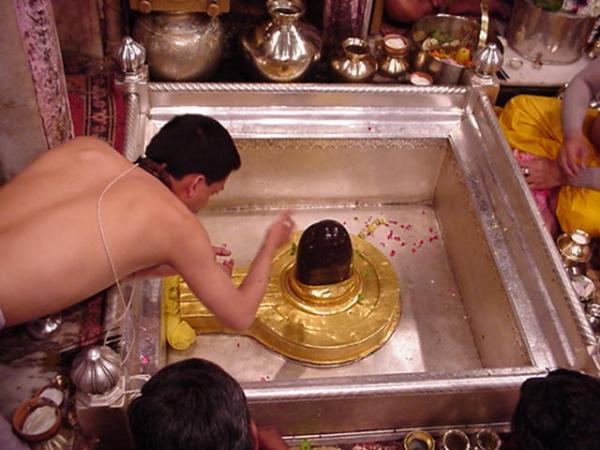 shiv-bhagwan-vishwanath-temple-varanasi-photo