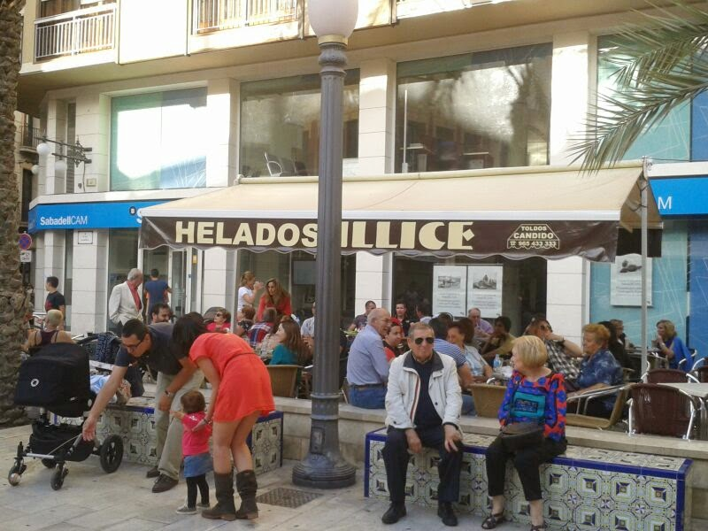 terrace of Helados Illice, in Glorieta Square