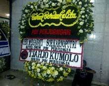 karangan bunga Megawati untuk korban sukhoi