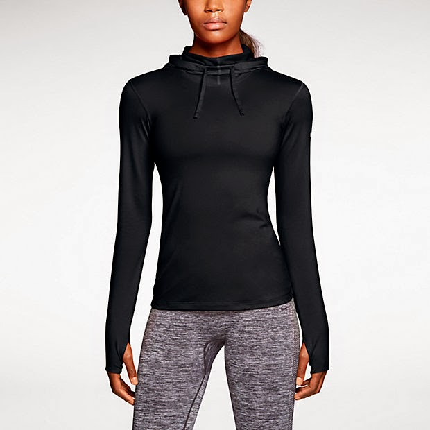Nike pro hyperwarm fitted hoodie. Bluza do biegania zimą.