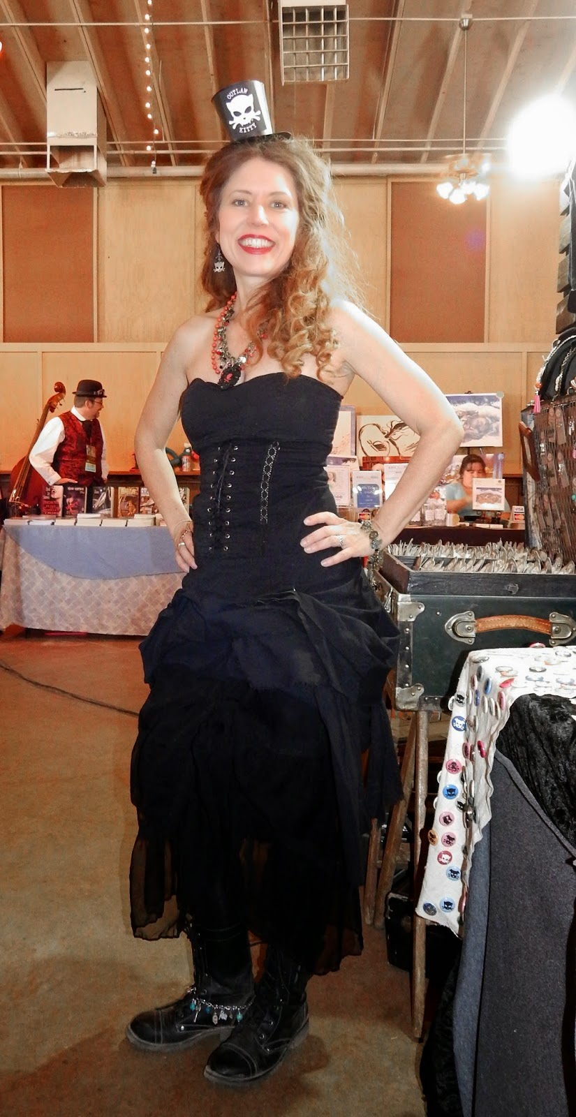 Wild Wild West Steampunk Con cosplay  Outlaw Kitty