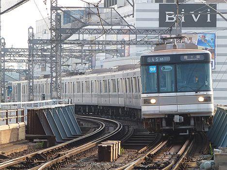 東京メトロ日比谷線 霞ケ関行き 03系幕式(平日5本運行)