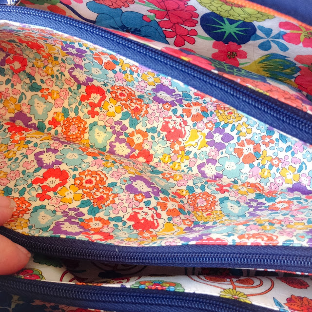 Liberty fabric lining Sew Together bag Sew demented