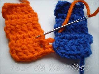 Sequência da emenda invisível de peças em crochê.
