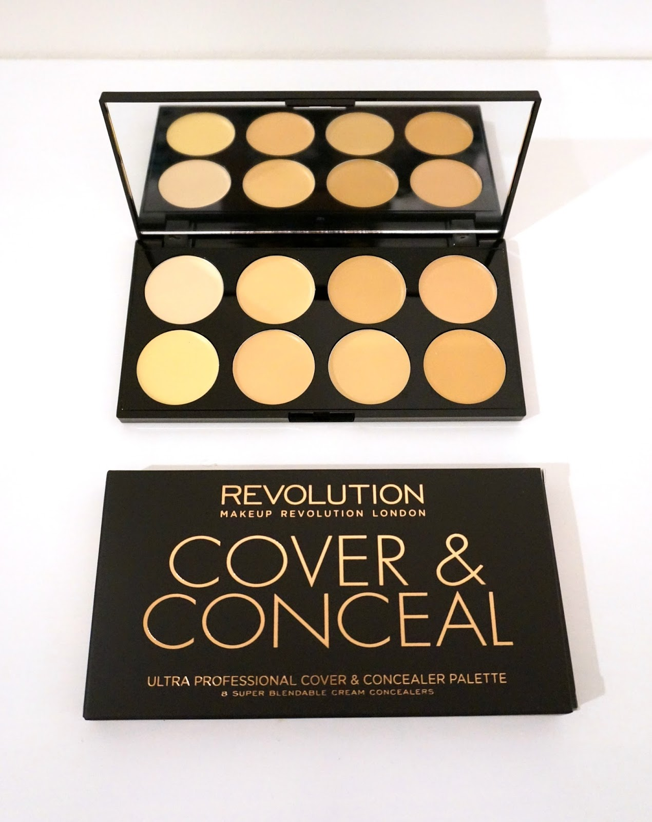 makeup revolution Ultra Cover and Conceal Palette in Light concealer palette