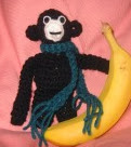 http://planetmfiles.com/2008/08/15/free-monkey-crochet-pattern-for-backpack-or-locker/