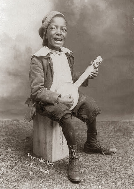 Homemade Tin Can banjo 1897