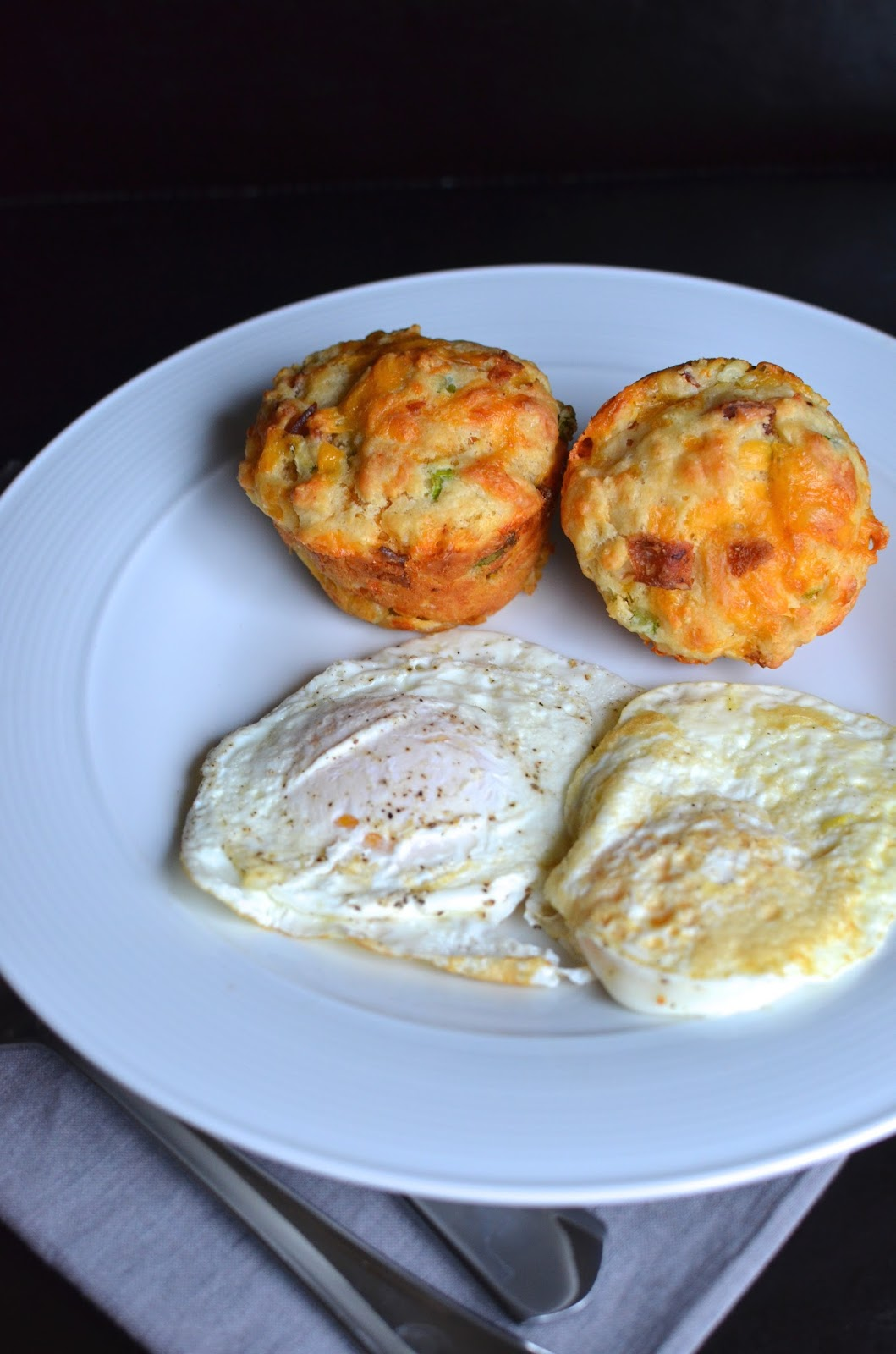 Playing with Flour: Cheddar-bacon biscuits