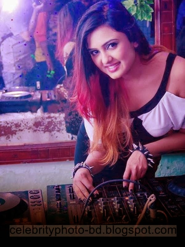 Bangladeshi+Hot+DJ+Girl's+Marzia+Kabir+Sonica's++Top+Best+Photos+Collection+2014 2015003