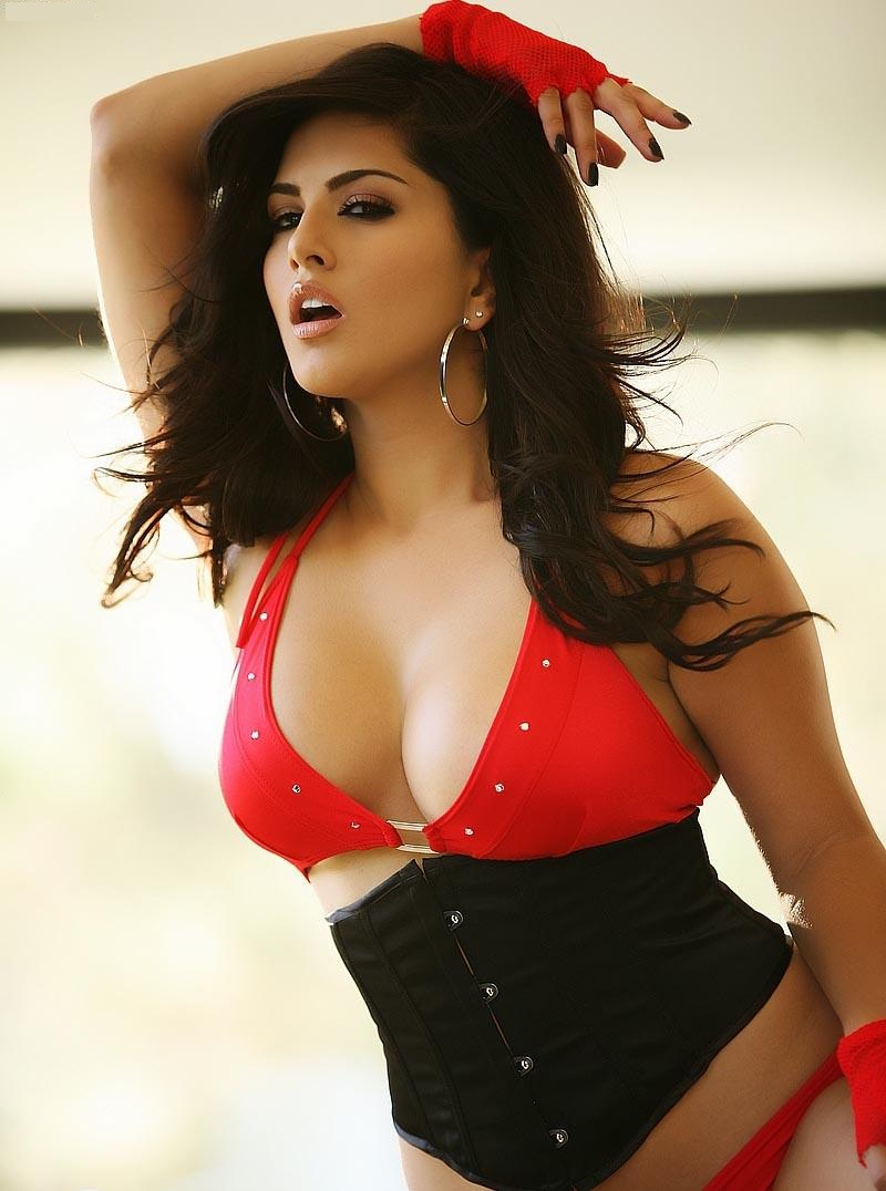 Sunny leone Wallpaper 7 With 800 x 1076 Resolution ( 152kB )