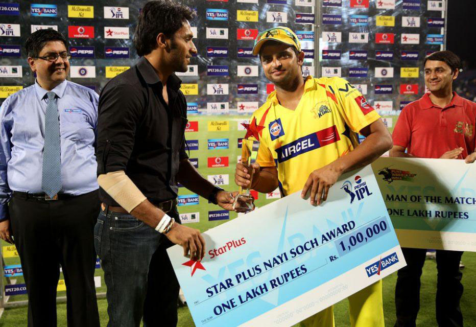 Suresh-Raina-Star-Plus-Nayi-Sooch-award-PWI-vs-CSK-IPL-2013