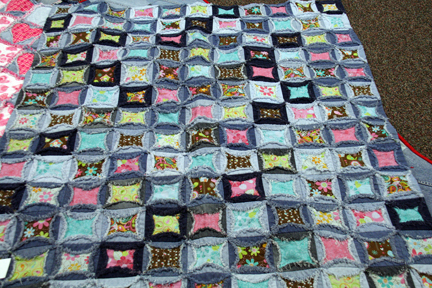 the Tuesday Quilt Club: January Meeting 2012 : cathedral window rag quilt - Adamdwight.com