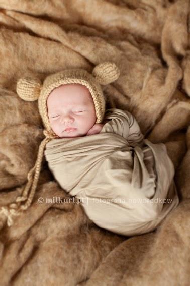 Sesje zdjęciowe noworodkowe, fotografia niemowlęca, fotograf dziecięcy, zdjęcia dziecka, studio fotografii noworodkowej
