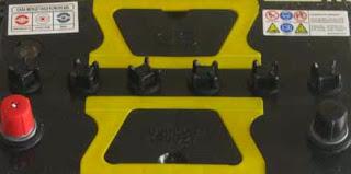 atau accu atau baterai ialah suatu komponen kelistrikan pada kendaraan beroda empat yang digunakan untuk  Perawatan Aki Mobil