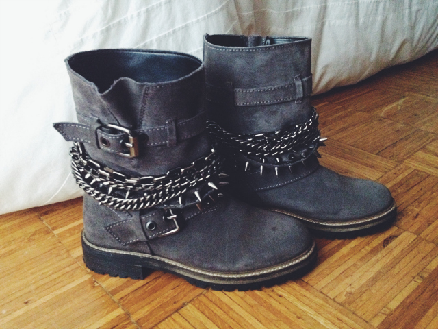 botas, gris, ante, cadenas, Zara, rebajas