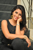 Kruthika Jayakumar gorgeous photo2-thumbnail-3