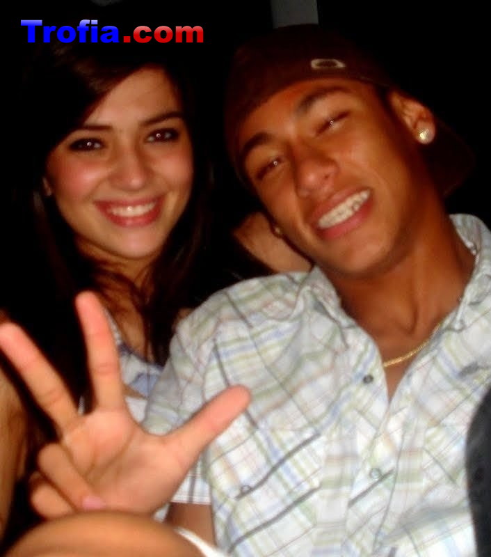neymar jr girlfriend kissing