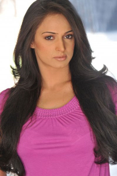 http://2.bp.blogspot.com/-3KGuT8SA4bo/TVNnLMS16II/AAAAAAAAAfk/Nfj8BkX6MSg/s1600/Pakistani+Actress+Noor.jpg