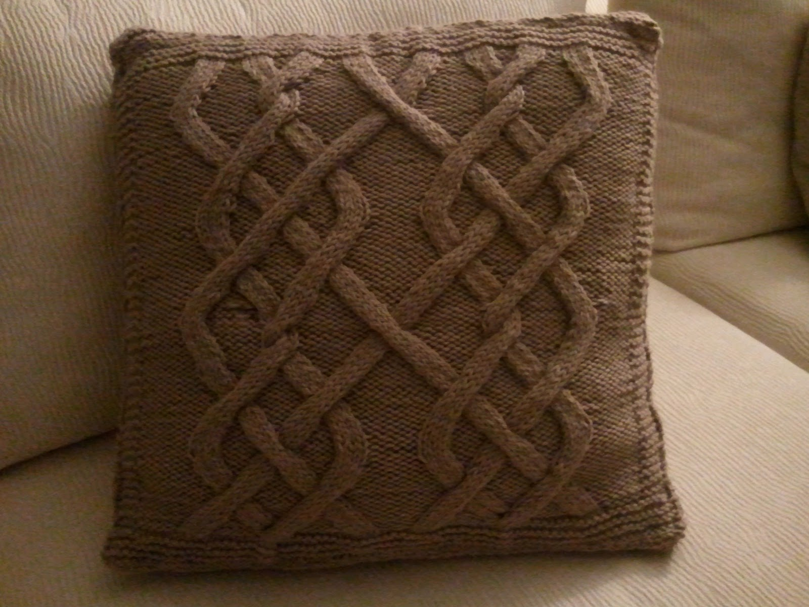 Cabled Pillow Cover